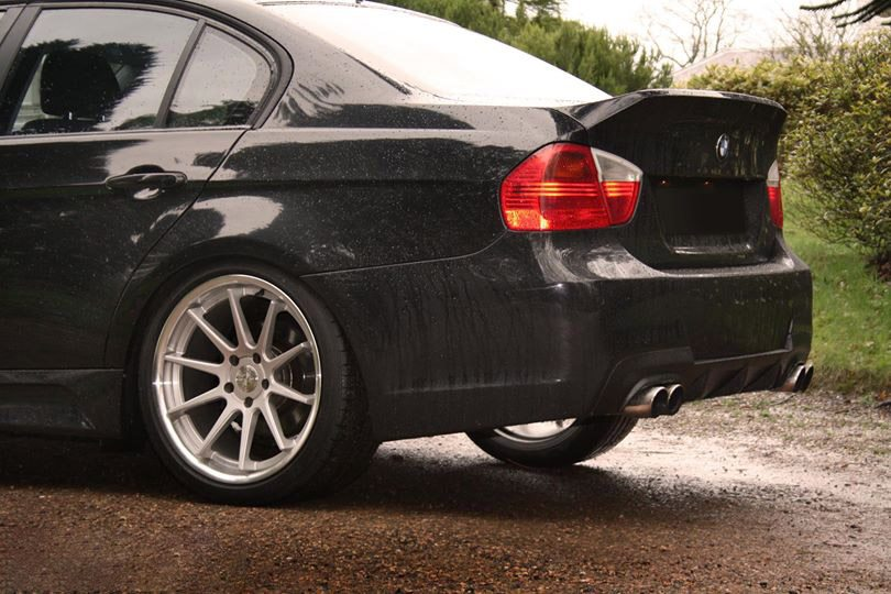 BMW-Serie-3-E90-05-08-Mala-Modderna-5