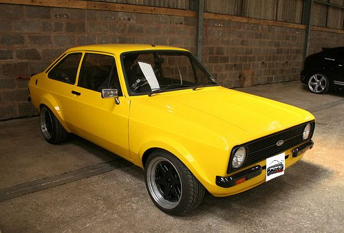 Ford-Escort-MK2-75-80-Cantos-Frontais-1