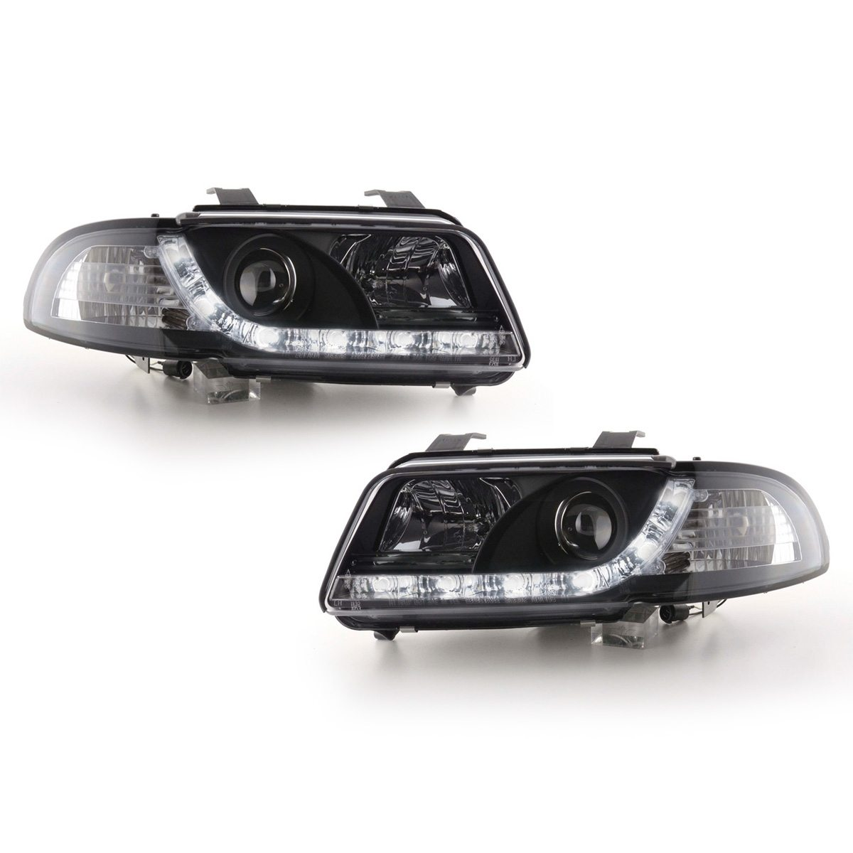 Audi-A4-B5-LimAvant-96-00-Faróis-Angel-Eyes-Dayline-Pretos-1