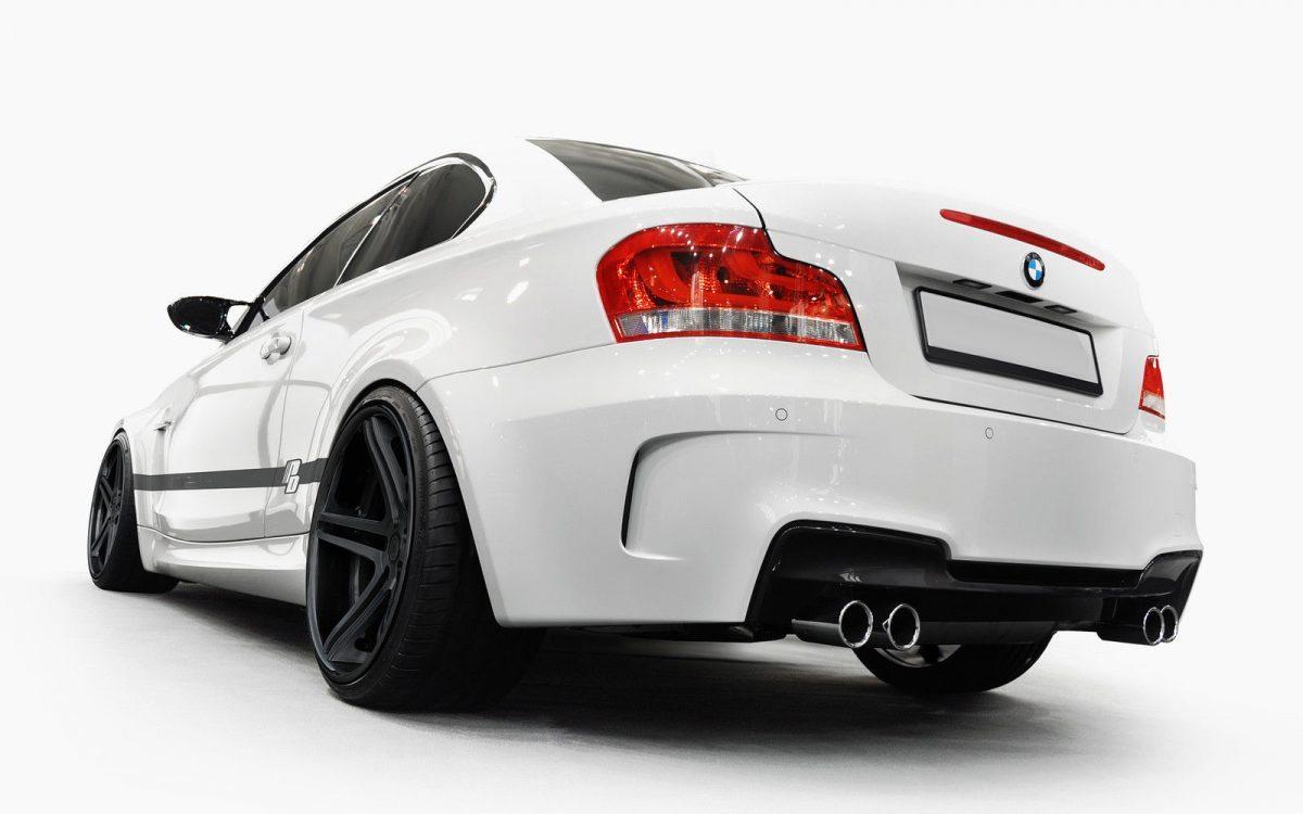 BMW-Serie-1-E82-07-13-Para-choques-Traseiro-1M-2