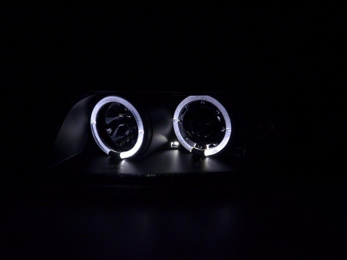 Audi-A4-B6-LimAvant-00-04-Faróis-Angel-Eyes-Pretos-2
