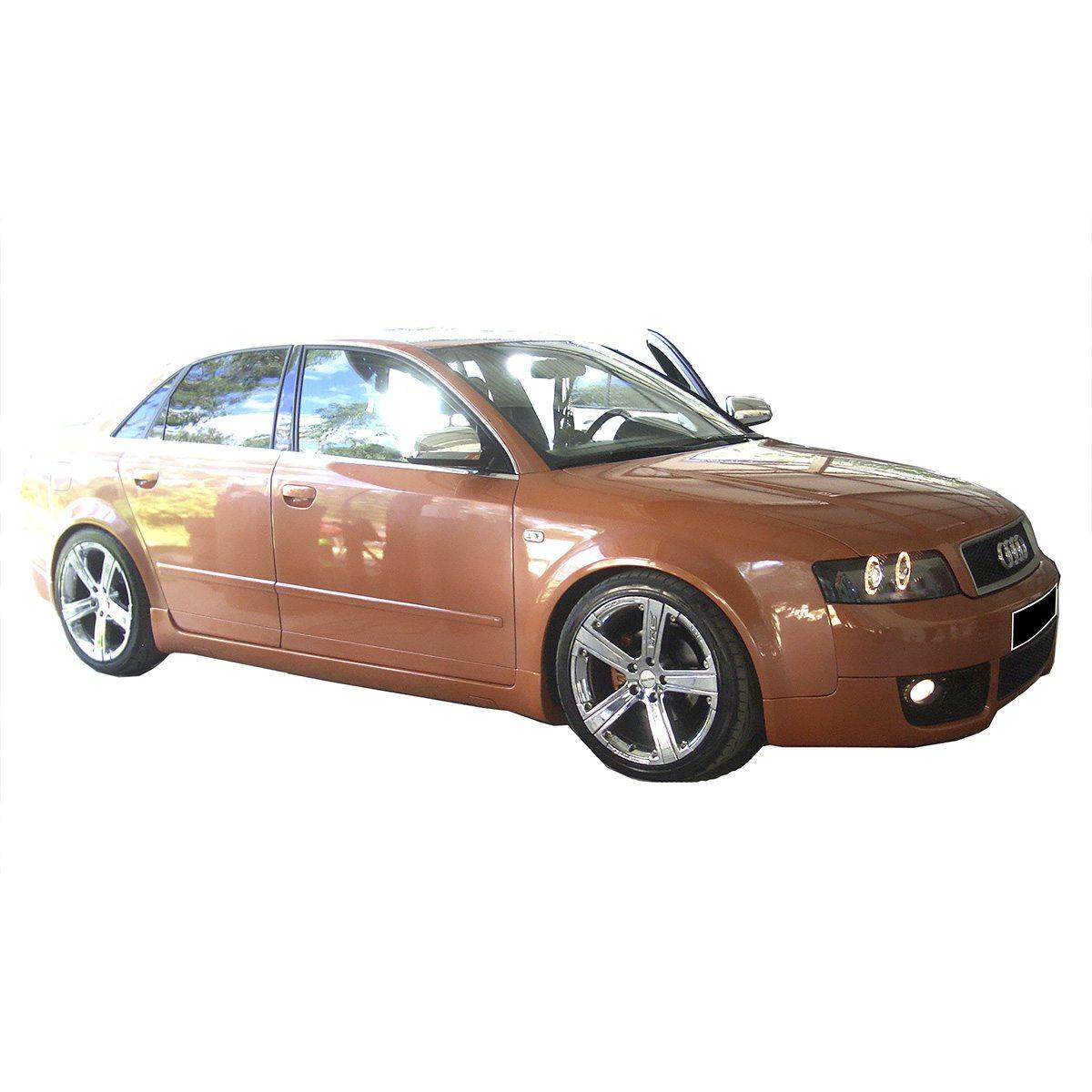 Audi-A4-RS4-Emb-EBU0452